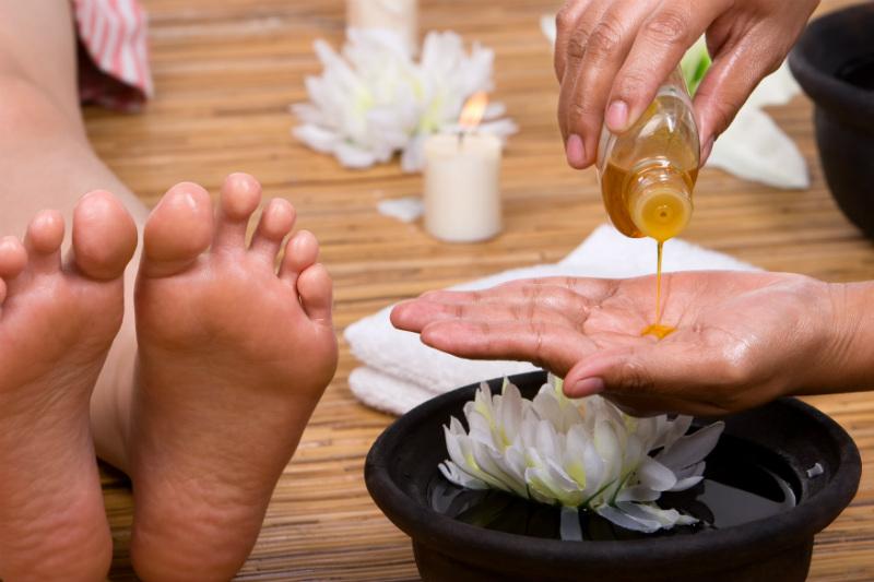 masaje-para-los-pies-en-verano