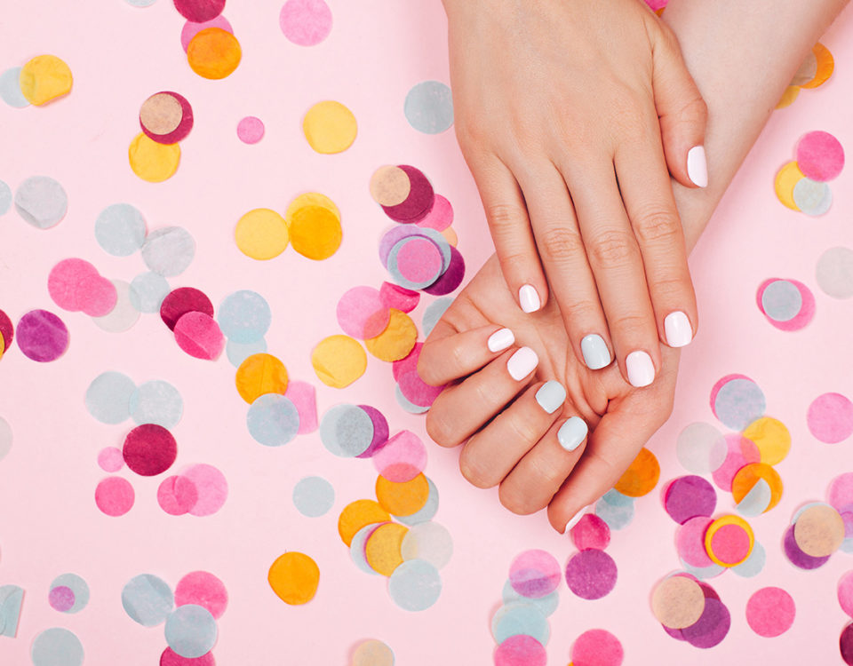 uñas esculpidas en Nail Center